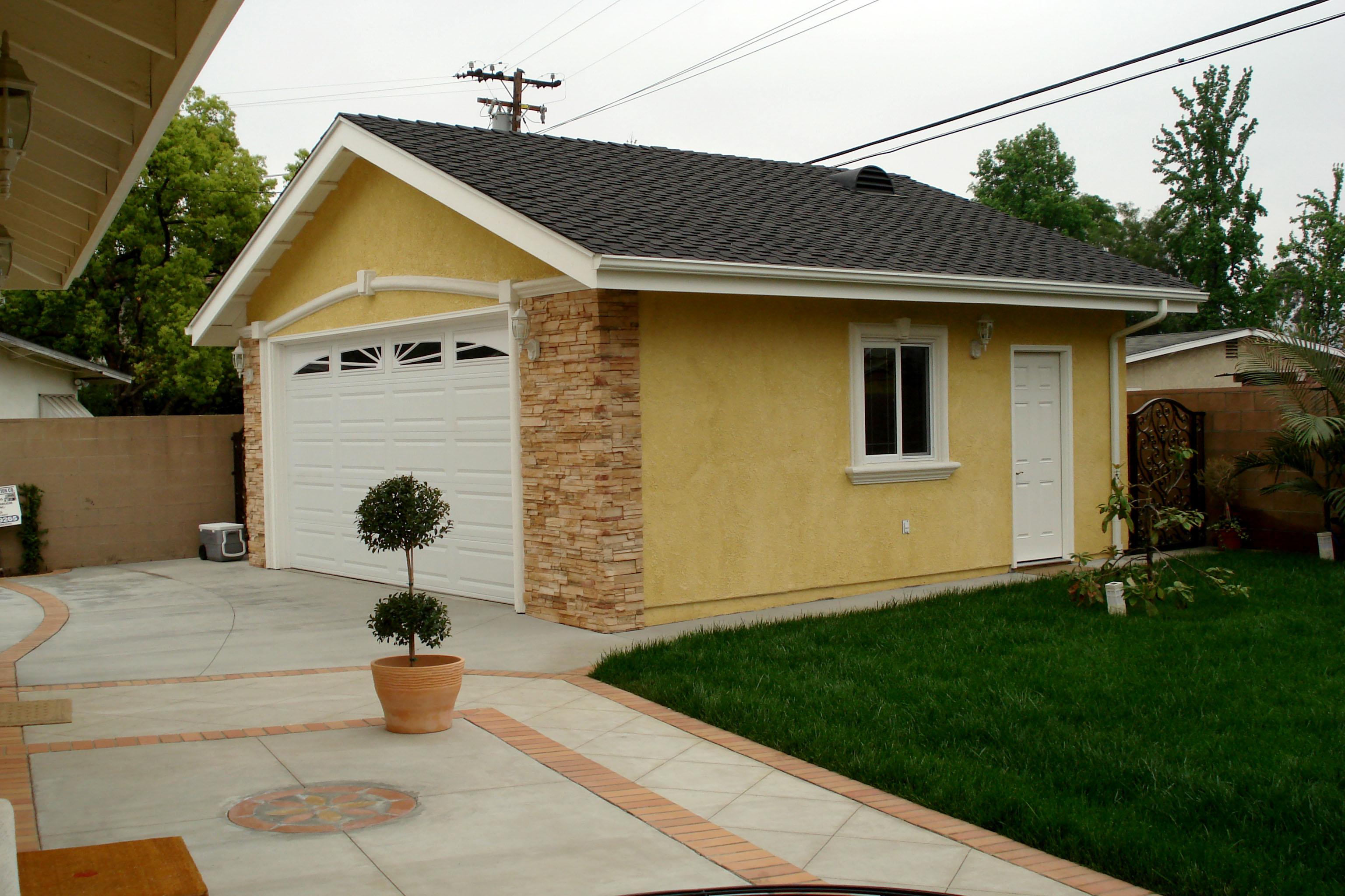 Room additions garages ortega construction co la for Garage extension cost estimate